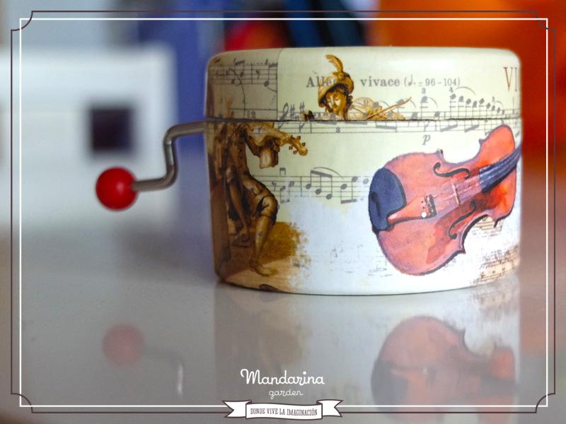 Orden y concierto by Ana Samper